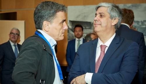 Τσακαλώτος: Συνάντηση με Σεντένο για την προετοιμασία της μετα-μνημονιακής φάσης | Pagenews.gr