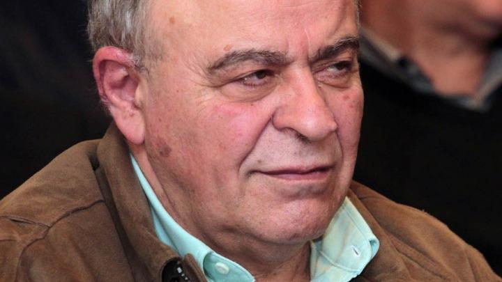 Πέθανε ο καθηγητής Συνταγματικού Δικαίου Σταύρος Τσακυράκης | Pagenews.gr