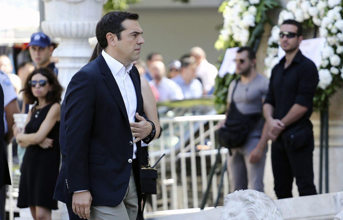Σωκράτης Κόκκαλης Junior: Πλήθος κόσμου στο τελευταίο «αντίο»   Pagenews.gr
