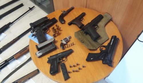Κρήτη: Αυτό είναι το οπλοστάσιο βρέθηκε σε «παλάτι» στο Ηράκλειο (pics)   Pagenews.gr