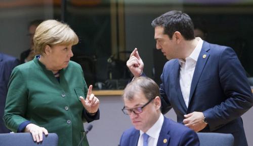 Μέρκελ: Στενή επίβλεψη τέσσερις φορές το χρόνο μετά τα μνημόνια | Pagenews.gr