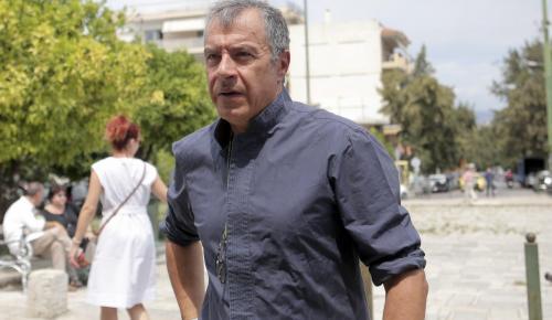 Θεοδωράκης: Ο Τσίπρας καταγγέλλει τα μνημόνια – Για το τρίτο έχει πλήρη ευθύνη (vid) | Pagenews.gr