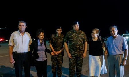 Έλληνες στρατιωτικοί: Αυτές οι ενέργειες οδήγησαν στην απελευθέρωσή τους | Pagenews.gr