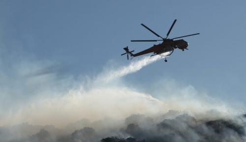 Φωτιά Μάτι : Έμεινε από καύσιμα το πρώτο ελικόπτερο που έφτασε στην περιοχή | Pagenews.gr