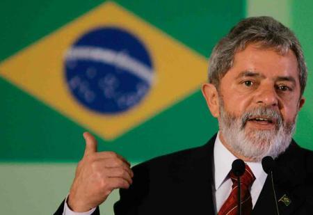 Βραζιλία: Κατατέθηκε η υποψηφιότητα του φυλακισμένου Λούλα στις προεδρικές εκλογές | Pagenews.gr