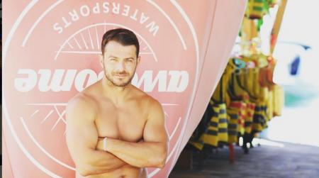 Γιώργος Αγγελόπουλος: Θυμάται το Survivor και κάνει θαλάσσιο σκι χωρίς πέδιλα (vid) | Pagenews.gr