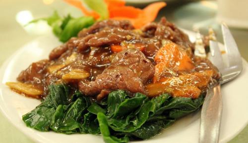 Η συνταγή της ημέρας: Μοσχαράκι στη γάστρα με λαχανικά | Pagenews.gr