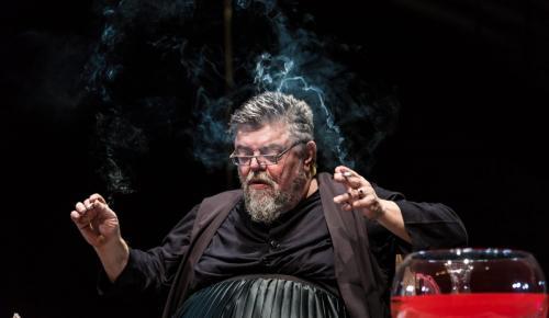 Ο Σταμάτης Κραουνάκης μελοποιεί Λόρκα στο θέατρο Ρεματιάς   Pagenews.gr
