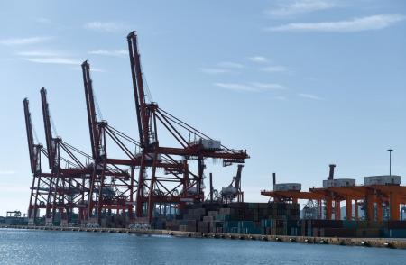 Ελληνικές εξαγωγές: Μεγάλη άνοδος τον Οκτώβριο – Αισιοδοξία για νέο ρεκόρ εξωστρέφειας | Pagenews.gr