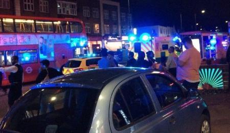 Λονδίνο: Τρεις τραυματίες από σφαίρες έξω από σταθμό του υπογείου σιδηροδρόμου (pic&vid)   Pagenews.gr