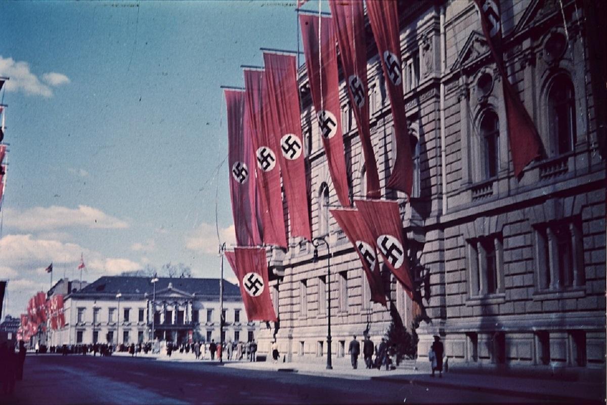 Η Γερμανία δίνει το «ελεύθερο» στα ναζιστικά σύμβολα στα ηλεκτρονικά παιχνίδια   Pagenews.gr