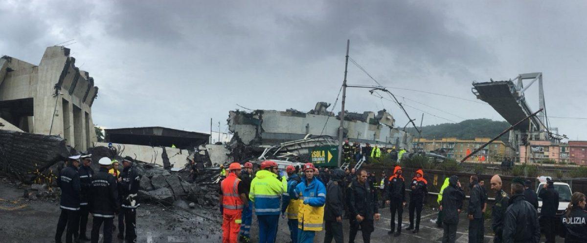 Κατέρρευσε γέφυρα σε αυτοκινητόδρομο στη Γένοβα | Pagenews.gr