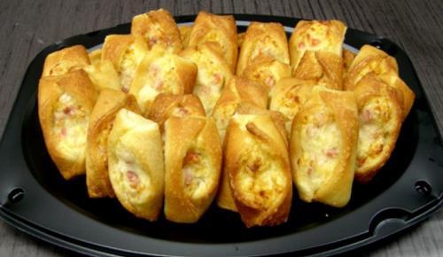 Η συνταγή της Ημέρας: Σφολιάτα με μπέικον και τριμμένα τυριά | Pagenews.gr