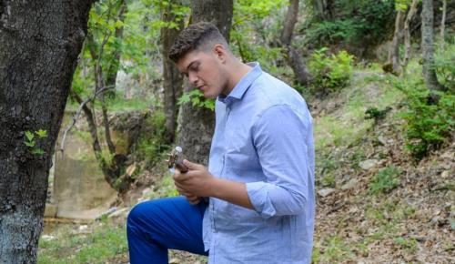 Σούλης Βαλσαμάκης: «Το μπουζούκι ήταν το μεγάλο μου όραμα κι ο μεγάλος μου στόχος» | Pagenews.gr