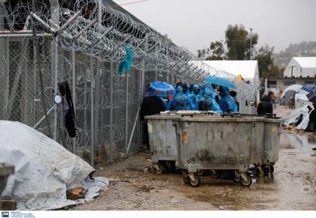 Μόρια: Εκτός ελέγχου η κατάσταση στο hotspot της Λέσβου | Pagenews.gr