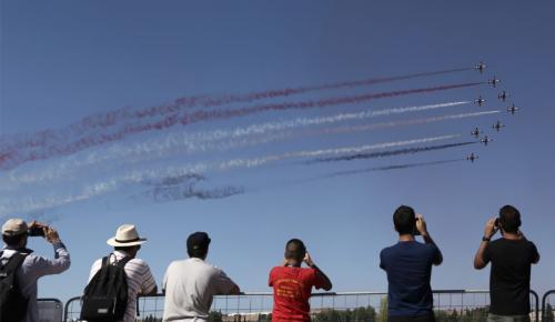 Athens Flying Week: Αεροπλάνα θα πετάξουν σε χαμηλό ύψος πάνω από την Αθήνα   Pagenews.gr