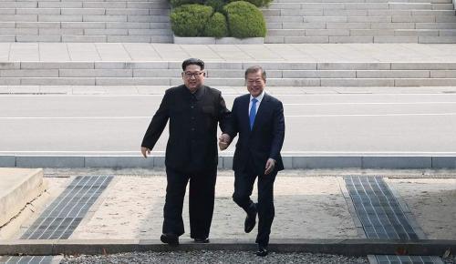 Συνάντηση κορυφής των ηγετών της Νότιας και της Βόρειας Κορέας | Pagenews.gr