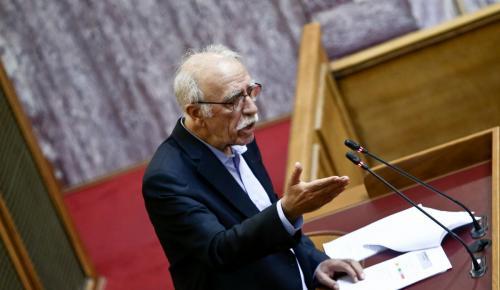 Βίτσας: Οριακή η κατάσταση σε Λέσβο, Σάμο, Χίο – Λύση η αποσυμφόρηση | Pagenews.gr