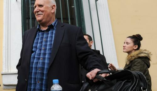Ο Παπαδάκης σήκωσε το τηλέφωνο στον αέρα και όλοι ξεκαρδίστηκαν με όσα άκουσαν (vid) | Pagenews.gr