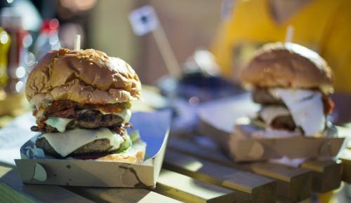 BURGER FEST : Η μεγάλη γιορτή του burger επιστρέφει | Pagenews.gr