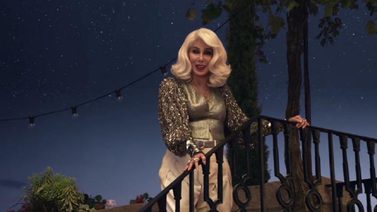 Το κόλπο της Σερ για να φαίνεται νεότερη στο «Mamma Mia» (vids) | Pagenews.gr