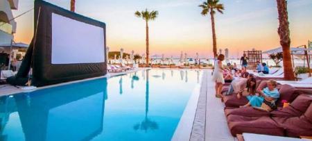 Ρόμπερτ Ντε Νίρο: Το ξενοδοχείο του στην Ίμπιζα θα σε κάνει να τα χάσεις (pics) | Pagenews.gr