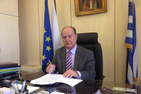 ΠΑΡΑΛΙΑ ΝΑΥΑΓΙΟ: Περισσότερα μέτρα μετά την κατολίσθηση υπόσχεται ο δήμαρχος Ζακύνθου | Pagenews.gr