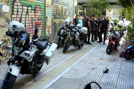 Νεκρός ο άνδρας που αποπειράθηκε να ληστέψει κοσμηματοπωλείο   Pagenews.gr