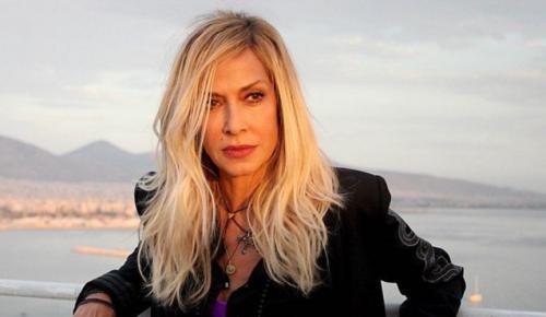 Άννα Βίσση: Για 2 λεπτά η μητέρα μου δεν κάηκε στο Μάτι (vid) | Pagenews.gr