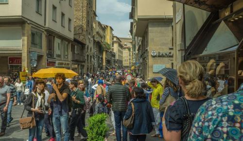 Φλωρεντία: «Θα τρώτε στους δρόμους αυτές τις ώρες» – Διαφορετικά έχει πρόστιμο | Pagenews.gr