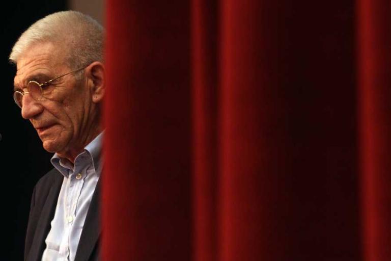 Γιάννης Μπουτάρης: Ο άνθρωπος που έμαθε να ζει πάντα στα κόκκινα | Pagenews.gr