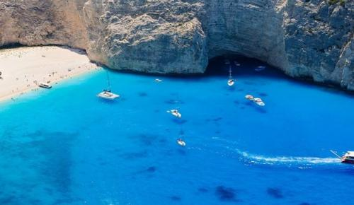 ΠΑΡΑΛΙΑ ΝΑΥΑΓΙΟ: Η ιστορία πίσω από την πιο ξακουστή παραλία της Ζακύνθου   Pagenews.gr