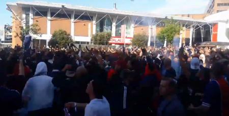 Οι οπαδοί της Παρί τα «έσπασαν» στο Λίβερπουλ | Pagenews.gr