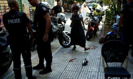 ΖΑΚ ΚΩΣΤΟΠΟΥΛΟΣ: Αναζητούν και τον 2ο άνδρα που τον κλωτσούσε | Pagenews.gr