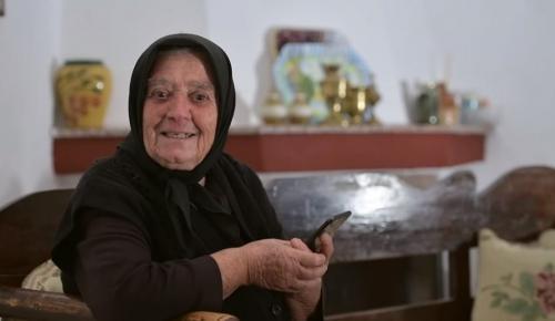 Η γιαγιά Ελένη ξεσηκώνει την Κρήτη να μπει στην «Ομάδα Προσφοράς ΟΠΑΠ» (vid)   Pagenews.gr