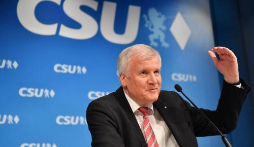 Ζεεχόφερ: Ντροπιαστική δήλωση για την Ελλάδα – «Καλύτερα οι Βαυαροί να μην κυβερνούσαν μόνο προσωρινά» | Pagenews.gr