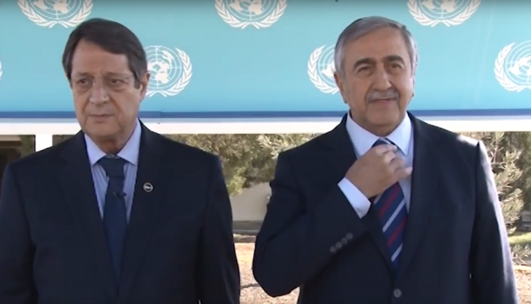 Αναστασιάδης – Ακιντζί: Αποφάσισαν στη διάνοιξη νέων σημείων διέλευσης | Pagenews.gr