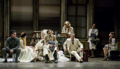 Ο Βυσσινόκηπος του Άντον Τσέχωφ στο Θέατρο Χορν | Pagenews.gr