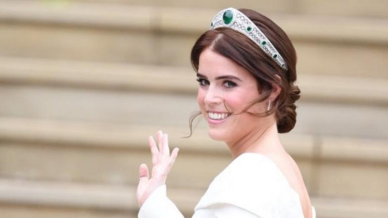 Βασιλικός γάμος: Παντρεύτηκε η πριγκίπισσα Ευγενία, εγγονή της βασίλισσας Ελισάβετ | Pagenews.gr