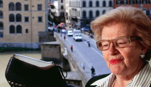 Βάντα Φεραγκάμο: Πέθανε η ιδιοκτήτρια του διάσημου οίκου μόδας   Pagenews.gr