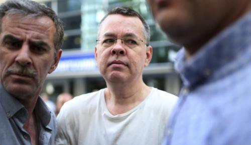 Τουρκία: Εισαγγελέας προσέφυγε κατά της απόφασης απελευθέρωσης του Αμερικανού πάστορα Μπράνσον | Pagenews.gr