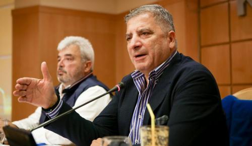 ΚΕΔΕ για Συνταγματική Αναθεώρηση: Διαπαραταξιακή επιτροπή για τη διαμόρφωση προτάσεων και θέσεων | Pagenews.gr