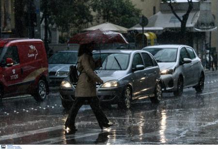 Κίνηση στους δρόμους τώρα: Κυκλοφοριακό κομφούζιο – Πού εντοπίζονται προβλήματα | Pagenews.gr