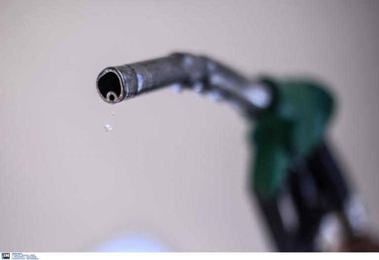Νοθεία βενζίνης: 6 στα 10 βενζινάδικα κλέβουν του καταναλωτές | Pagenews.gr