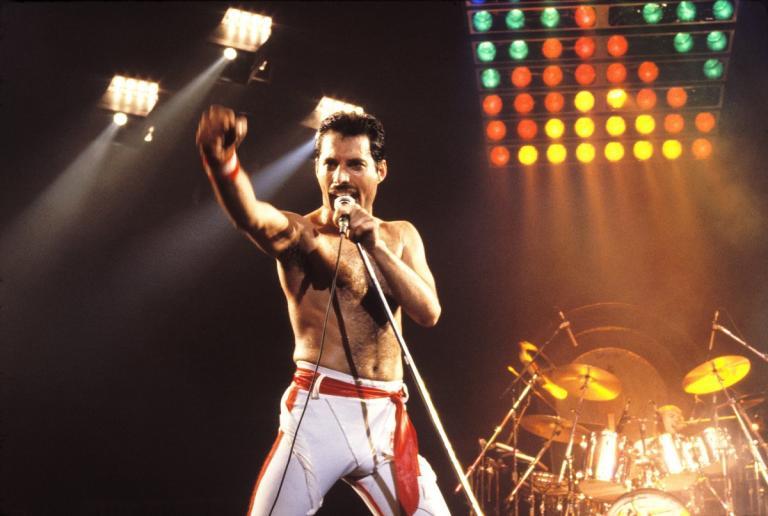 Freddie Mercury: Πρωταγωνιστής σε εξαιρετικά εξώφυλλα από κόμικς | Pagenews.gr