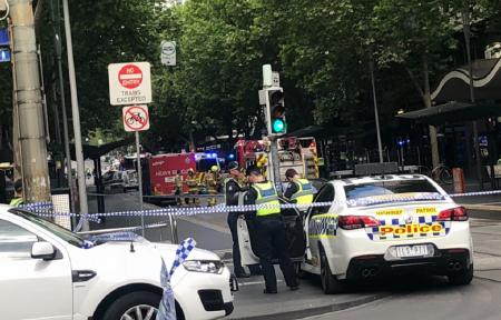 Επίθεση με μαχαίρι στη Μελβούρνη: Ο ISIS ανέλαβε την ευθύνη για το τρομοκρατικό χτύπημα (pics&vids) | Pagenews.gr