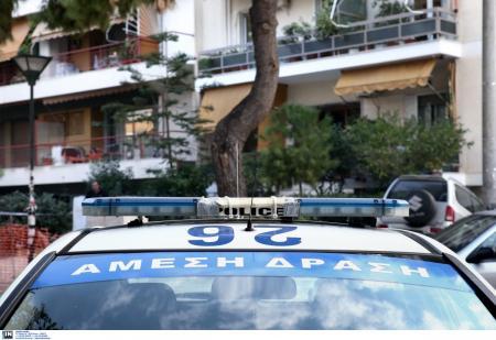 Δολοφονία στη Θεσσαλονίκη: Εκτέλεσαν 42χρονο έξω από το σπίτι του (vid)   Pagenews.gr