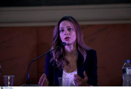 Αχτσιόγλου: Η Κοινωνική και Αλληλέγγυα Οικονομία μπορεί να συμβάλει στην ενίσχυση της εργασίας | Pagenews.gr