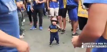 Viral: Το βίντεο που κάνει τον γύρο του κόσμου με τον μικρό οπαδό της Μπόκα Τζούνιορς (vid)   Pagenews.gr