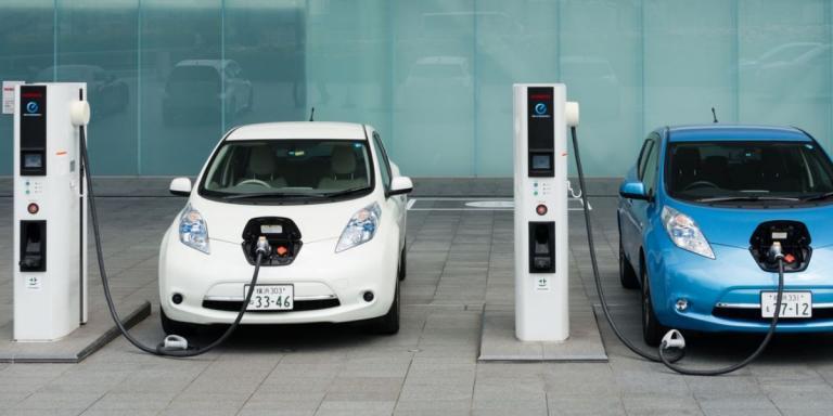 Ηλεκτρικά αυτοκίνητα: Οι όροι και η λειτουργία της αγοράς ηλεκτροκίνησης | Pagenews.gr